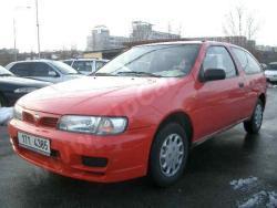 Nissan Almera (N15)